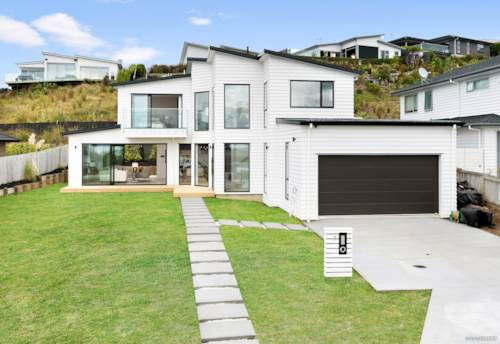 Stanmore Bay, Strikingly Beautiful Home with Sea View, Property ID: 809186   Barfoot & Thompson