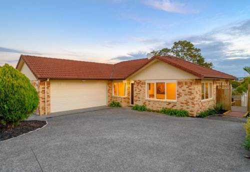 Golflands, Excellent location , Property ID: 17002550 | Barfoot & Thompson