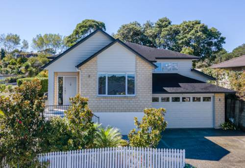 Bayview, Delightful Family Home, Property ID: 810768 | Barfoot & Thompson