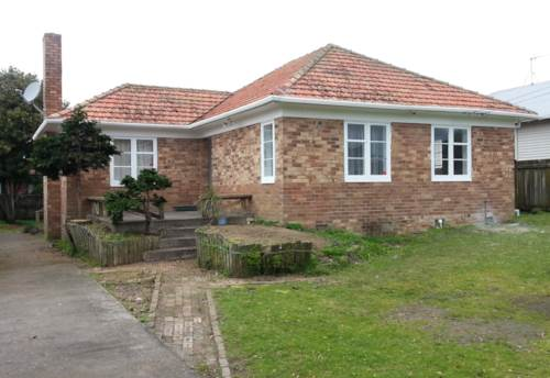 Sandringham, STANDALONE SPACIOUS TWO BEDROOM, Property ID: 24000681 | Barfoot & Thompson