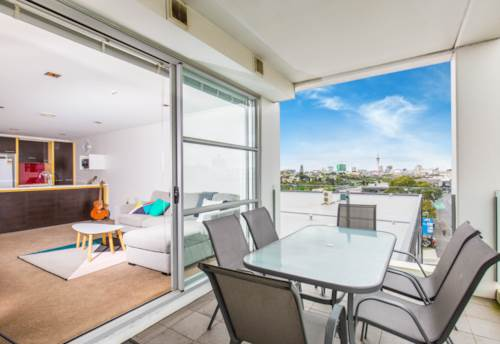 Kingsland, 2 BEDROOM TOP FLOOR APARTMENT IN KINGSLAND, Property ID: 24000815 | Barfoot & Thompson