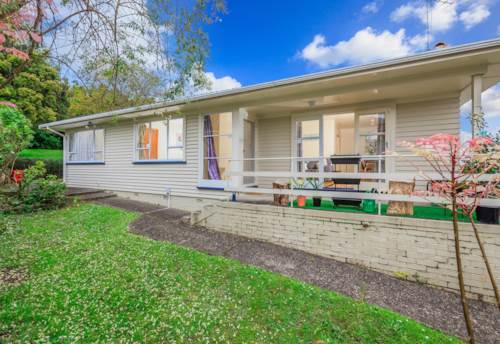 Forrest Hill, Great Location, Property ID: 24000952 | Barfoot & Thompson