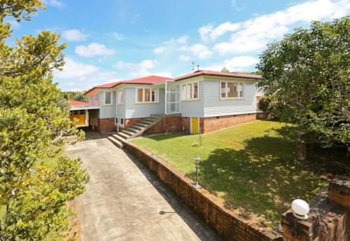 Te Atatu South, Te Atatu South, Property ID: 24000968 | Barfoot & Thompson