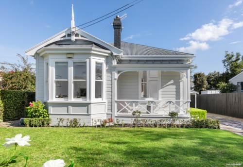 Ellerslie, SIMPLY IRRESISTIBLE, Property ID: 810521 | Barfoot & Thompson