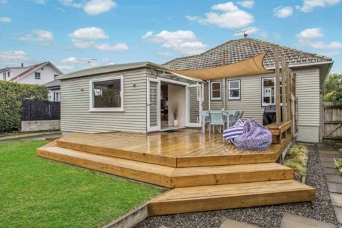 Sandringham, BEAUTIFUL HOME IN THE HEART OF SANDRINGHAM, Property ID: 24001111 | Barfoot & Thompson