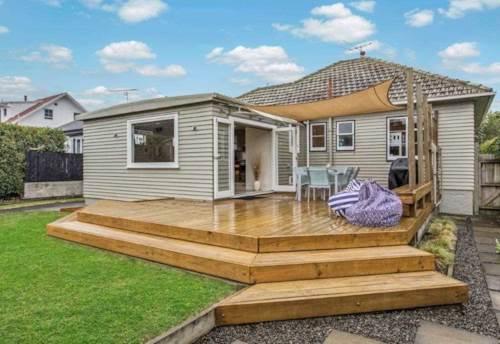 Sandringham, BEAUTIFUL HOME IN THE HEART OF SANDRINGHAM, Property ID: 24001111   Barfoot & Thompson