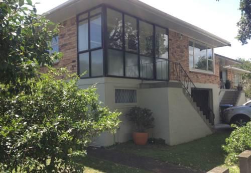Epsom, HEAT PUMP AND INTERNAL GARAGE, Property ID: 24001112   Barfoot & Thompson