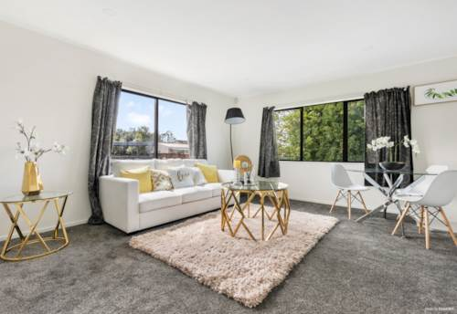 Randwick Park, Fully Renovated - A must to inspect!!!, Property ID: 810724 | Barfoot & Thompson