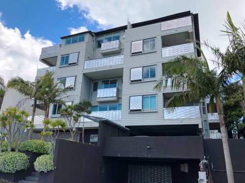 Kingsland, 2 BEDROOM APARTMENT WITH 2 CAR PARKS, Property ID: 24001182 | Barfoot & Thompson