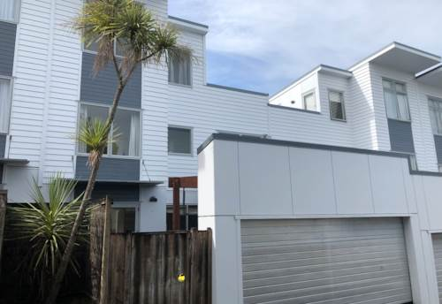 Mt Albert, 3 BEDROOM 2 BATHROOM TOWNHOUSE NEAR ST LUKES, Property ID: 24001183 | Barfoot & Thompson
