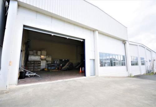 Warkworth, Large Warehouse + Yard - WARKWORTH, Property ID: 85896 | Barfoot & Thompson