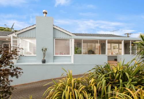 Mt Eden, A Lovely family house , Property ID: 24002242 | Barfoot & Thompson