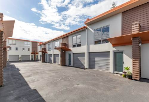 Onehunga, 'Two' Good to Be True, Property ID: 810719 | Barfoot & Thompson