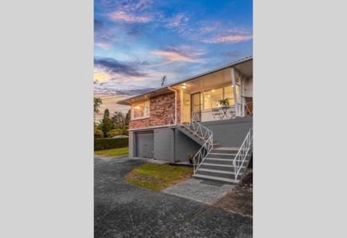 Mt Albert, Location location location, Property ID: 24002276 | Barfoot & Thompson