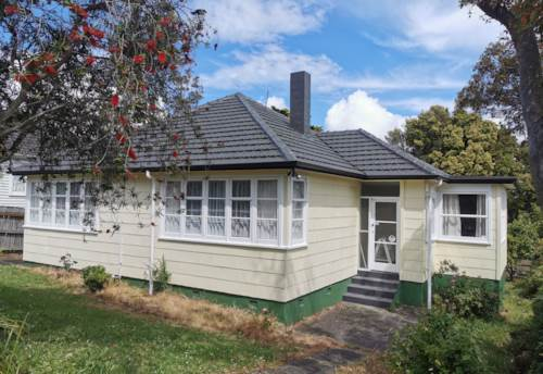 Mt Roskill, Lovely 3 bedroom house with newly renovation, Property ID: 24002280 | Barfoot & Thompson