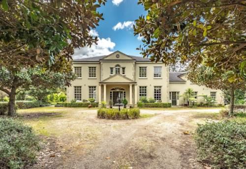 Whenuapai, Super Stunning Georgian Manor, Property ID: 24002296 | Barfoot & Thompson