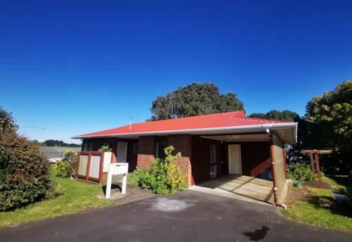 Pt Chevalier, Selwyn Village, Property ID: 24002328 | Barfoot & Thompson