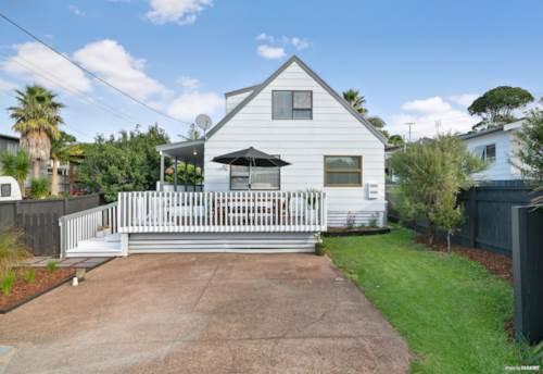 Red Beach, Sensational Family Starter!!, Property ID: 810506 | Barfoot & Thompson