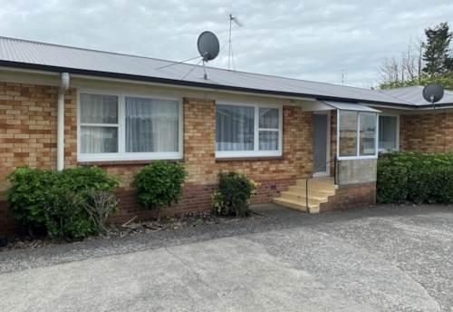 Pukekohe, UNIT CLOSE TO TOWN , Property ID: 46002853   Barfoot & Thompson