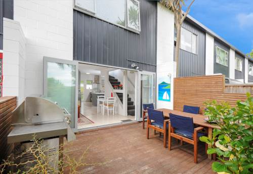 Mt Eden, Fully renovated two story appartment, Property ID: 25000771 | Barfoot & Thompson
