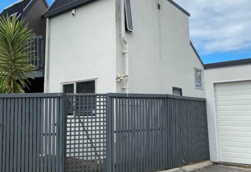 Sandringham, Single bedroom stand alone townhouse - cute, Property ID: 25000867 | Barfoot & Thompson