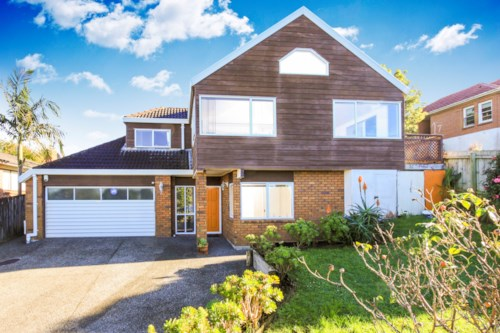 Mt Roskill, No Letting Fee, Property ID: 25000896 | Barfoot & Thompson