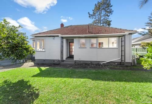 Avondale, Amazing Potential on 1164m2!, Property ID: 809561 | Barfoot & Thompson