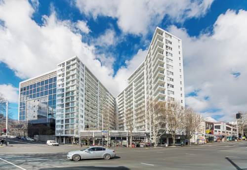 City Centre, Affordable Freehold 2 Bedroom Apartment, Property ID: 808046 | Barfoot & Thompson