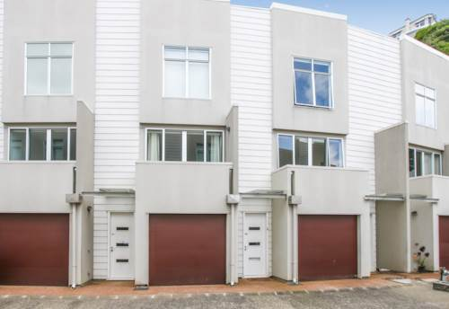 Three Kings, Three level townhouse, Property ID: 25000944 | Barfoot & Thompson