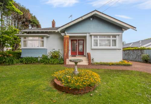 Mt Eden, Character Villa in Double Grammar, Property ID: 25002053 | Barfoot & Thompson