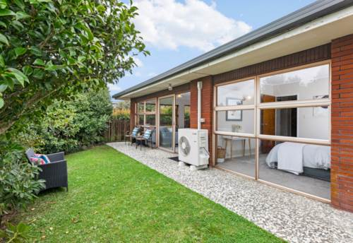 Onehunga, Brick & Tile - Smart Start !, Property ID: 810782 | Barfoot & Thompson