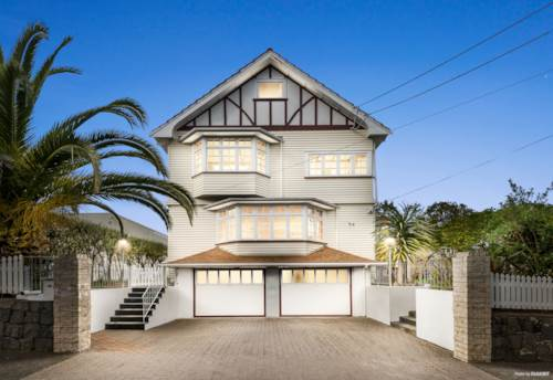 Mt Eden, Grand family home with two double garages, Property ID: 25002073 | Barfoot & Thompson