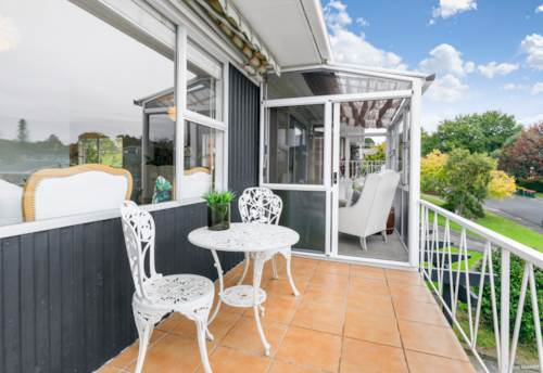 Cockle Bay, Starter that couldn't be Smarter, Property ID: 809999 | Barfoot & Thompson