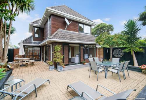 Manly, HOT PROPERTY - BEACH LOVERS' HAVEN, Property ID: 810846 | Barfoot & Thompson