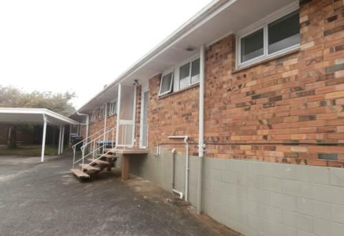 Onehunga, Brick and Tile in Onehunga, Property ID: 26001256   Barfoot & Thompson