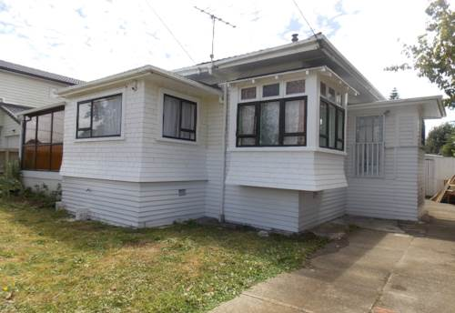 Mt Roskill, Big Is Good!, Property ID: 26001412 | Barfoot & Thompson