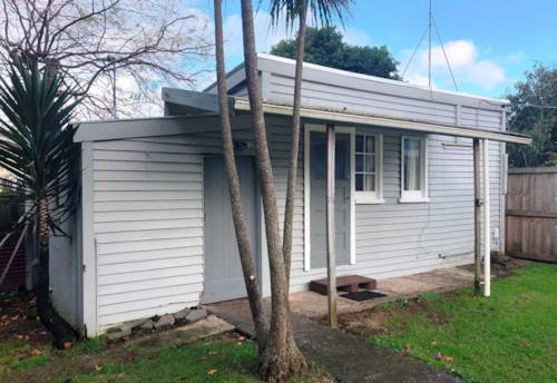 Sandringham, Why Pay for Big?, Property ID: 26001486   Barfoot & Thompson