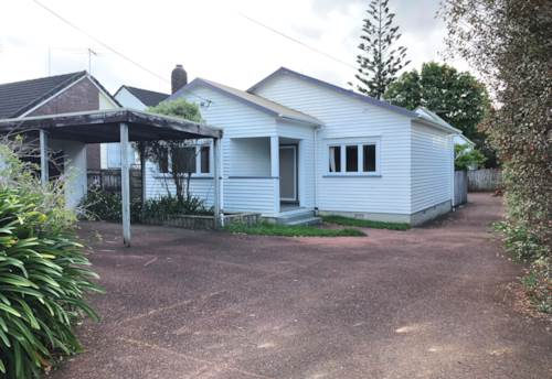 Sandringham, Two Bedroom Bungalow Cutie - Available for 6 months, Property ID: 26001510 | Barfoot & Thompson