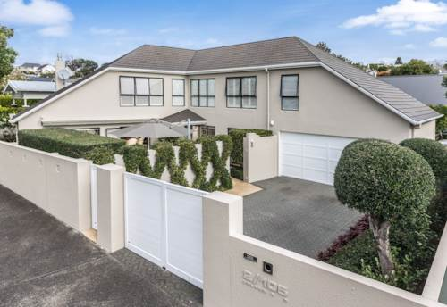 Remuera, Executive Home In One of Remuera's Premier Streets - 3 Bedrooms!, Property ID: 26001539 | Barfoot & Thompson
