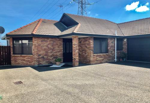 Mt Roskill, Perfect on Penney!, Property ID: 26001556 | Barfoot & Thompson