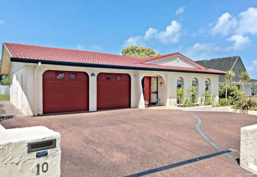 Mt Roskill, What a Catch . . . Single Level!, Property ID: 26001569 | Barfoot & Thompson