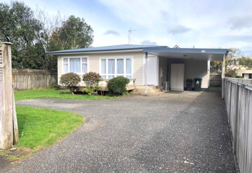 Mt Roskill, Hop, Skip and A Jump to School!, Property ID: 26001587 | Barfoot & Thompson