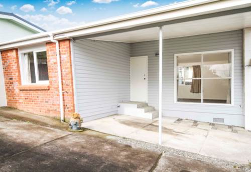 Mt Roskill, Ticks the Boxes, Property ID: 27001082 | Barfoot & Thompson