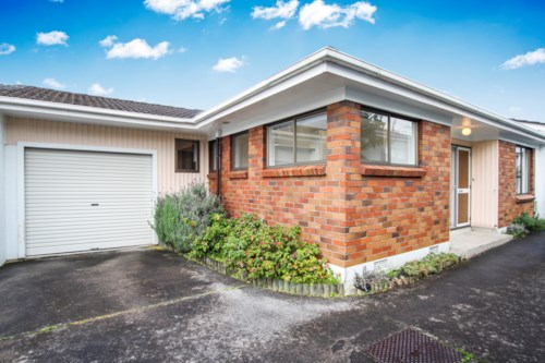 New Lynn, Not Your Average, Property ID: 27001108 | Barfoot & Thompson