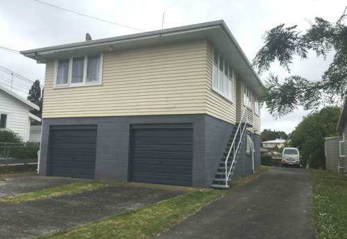 New Lynn, Be quicker than the rest, Property ID: 27001172 | Barfoot & Thompson
