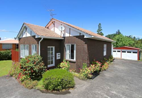 New Lynn, Value For Money Here , Property ID: 27001181 | Barfoot & Thompson