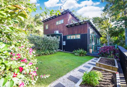 Titirangi, Your search is over..., Property ID: 27001190 | Barfoot & Thompson
