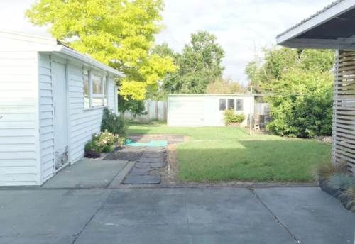 Henderson, Pet & Wheelchair friendly! , Property ID: 27001231 | Barfoot & Thompson