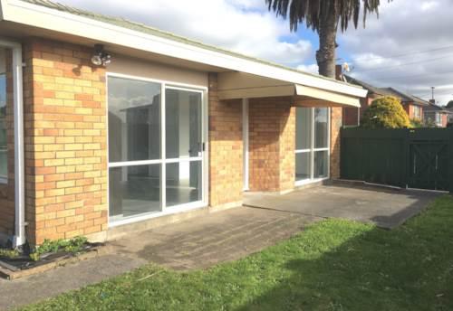 Blockhouse Bay, Easy Living Lifestyle, Property ID: 27001235   Barfoot & Thompson