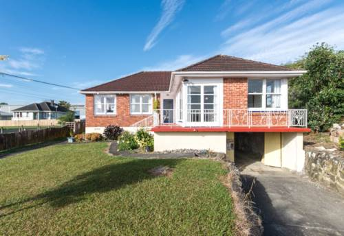 Kelston, Excellent value, Property ID: 27001238 | Barfoot & Thompson